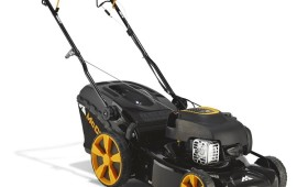 McCulloch M46 Self Propelled Petrol Lawn Mower