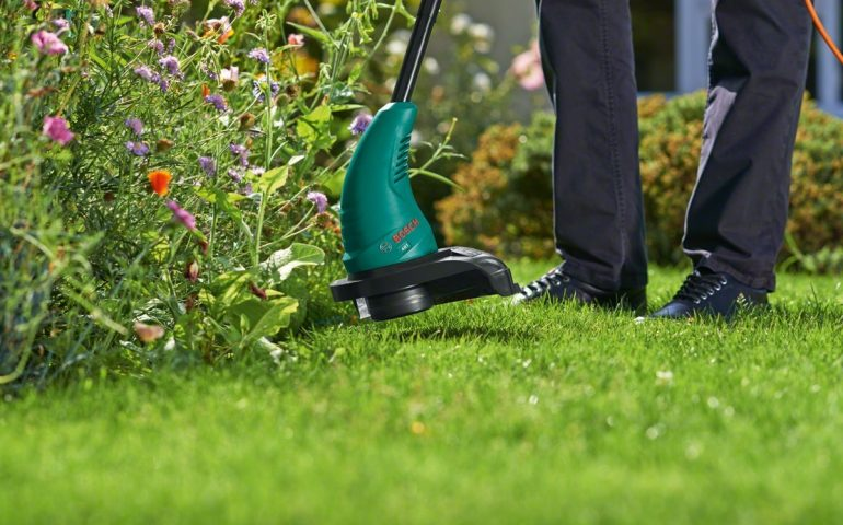 Exclusive Bosch ART 23 Electric Grass Trimmer Review