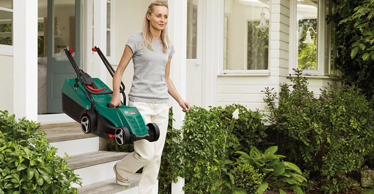 Compact Mower for small and medium sized lawns