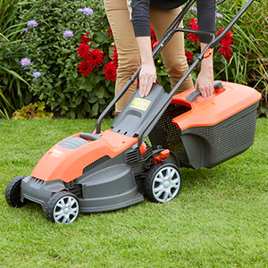 Powerful 1500W Electric Lawn Mower from Flymo