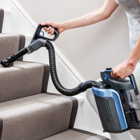 Shark Cordless Lift Away Stair Cleaning