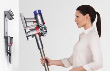 Dyson V8 Animal Vacuum Cleaner New Review Garden Power