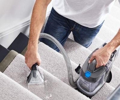 Lightweight Wet vacuum cleaner